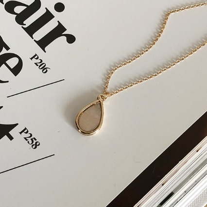 mini ellpe , 573 (necklace)